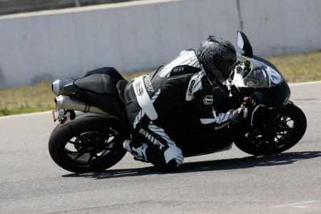 2011 Middleweight Sportbike Shootout - Track