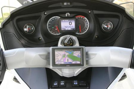 2011 Can-Am Spyder RT Dashboard