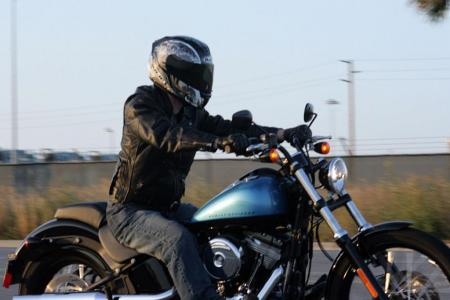 2011 Harley-Davidson Blackline Action4