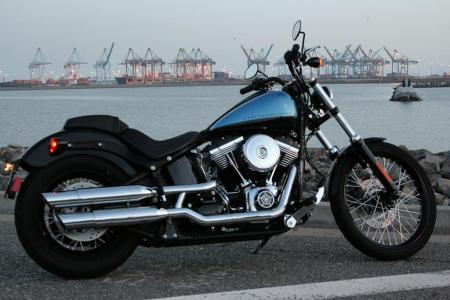 2011 Harley-Davidson Blackline Right Night