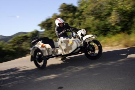 2011-ural-gear-up-sidecar-review-mcycle_com_camping-23.jpg