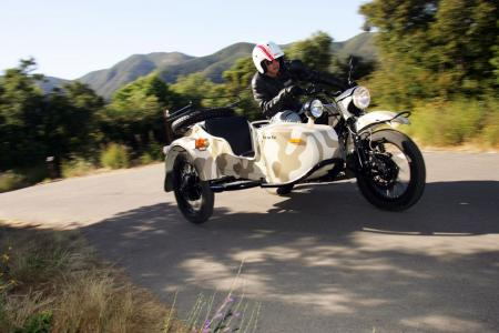 2011-ural-gear-up-sidecar-review-mcycle_com_camping-25.jpg