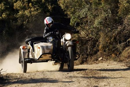 2011-ural-gear-up-sidecar-review-mcycle_com_camping-26.jpg