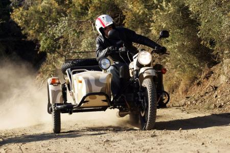 2011-ural-gear-up-sidecar-review-mcycle_com_camping-31.jpg
