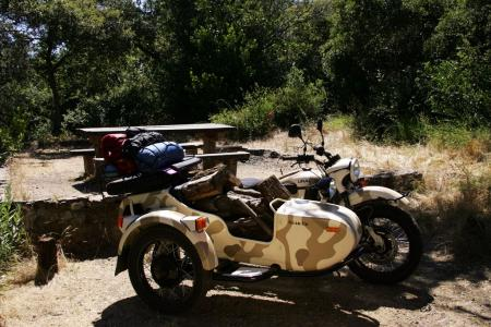 2011-ural-gear-up-sidecar-review-mcycle_com_camping-0.jpg