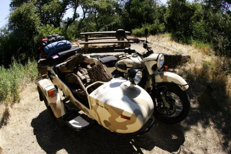 2011-ural-gear-up-sidecar-review-mcycle_com_camping-1.jpg