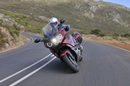 A self-leveling Xenon headlight is augmented by dual high-beam headlights ringed by distinctive fiber-optic lamps. Optional is BMW�s innovative adaptive headlight that transforms the experience of riding after dark.