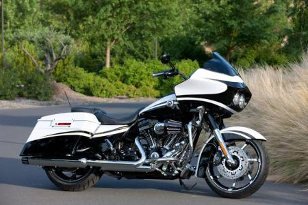 The CVO Road Glide Custom is the only all-new model for 2012. It replaces the long-distance touring-oriented CVO Road Glide Ultra from 2011.