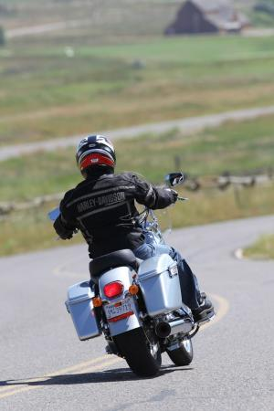 2012-harley-davidson-switchback-review-BJN98744.JPG