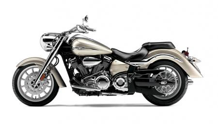 2012 Star Motorcycles Preview RdlnrS_shel_S2