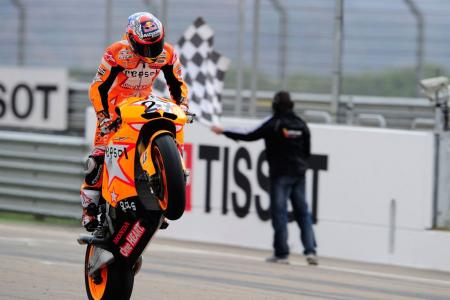 Casey Stoner's win at Aragon was Repsol Honda's 100th win in the 500cc/MotoGP class. Photo by GEPA Pictures.