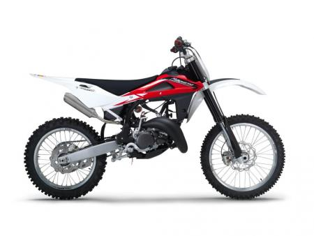 Husky's CR125 two-stroke is incredibly light, weighing just 203 pounds. A 144cc big-bore kit is included at no extra charge.