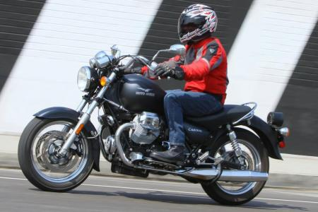 2011-moto-guzzi-california-black-eagle-review-02