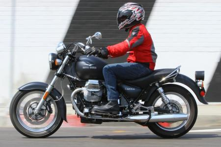 2011-moto-guzzi-california-black-eagle-review-03