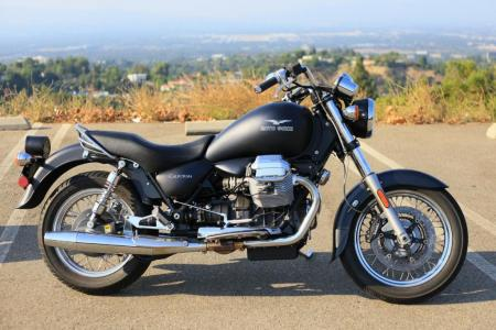 2011-moto-guzzi-california-black-eagle-review-08