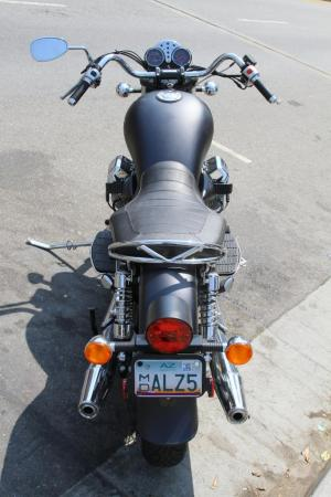 2011-moto-guzzi-california-black-eagle-review-16