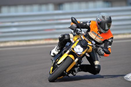 2012 Ducati 848 Streetfighter Action3