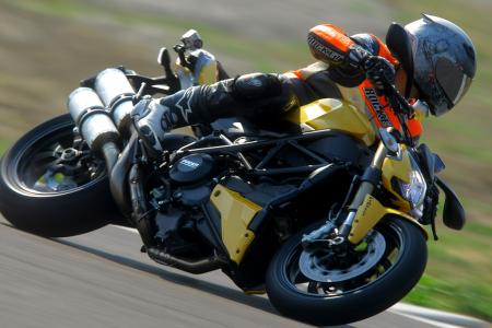 2012 Ducati 848 Streetfighter Action5