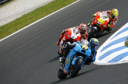 Alvaro Bautista and Valentino Rossi failed to finish while Nicky Hayden finished seventh.