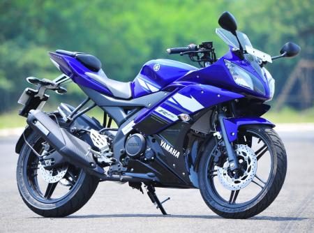 r15 motorcycle picture  2012 Yamaha YZF-R15 Review - Motorcycle.com