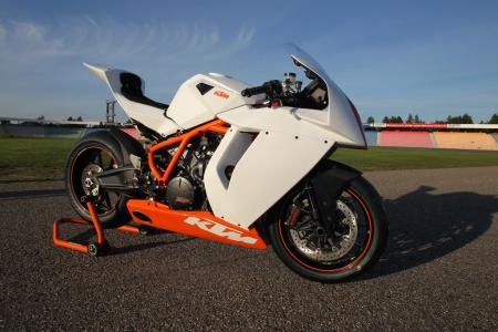 2012 KTM 1190 RC8R Race Spec 09