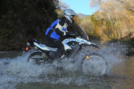 2012 BMW G650GS Sertao water3