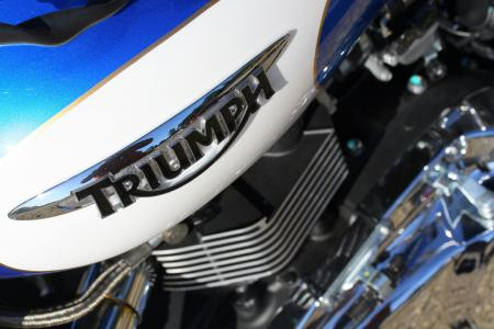 2012 Triumph America Badge 01 8566