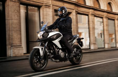 2012 Honda NC700X DCT Action Right