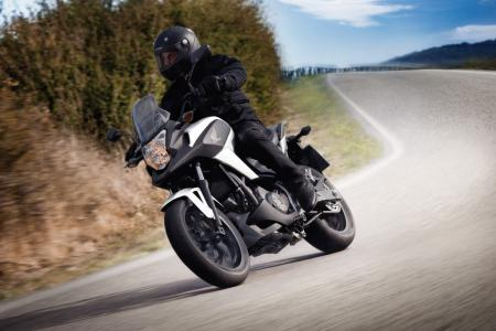 2012-honda-nc700x-dct-action-right-turning