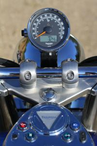 2012 Triumph America Gauges
