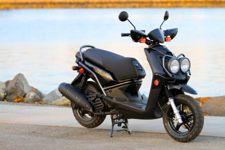 2012-yamaha-zuma-125-right_img_1123