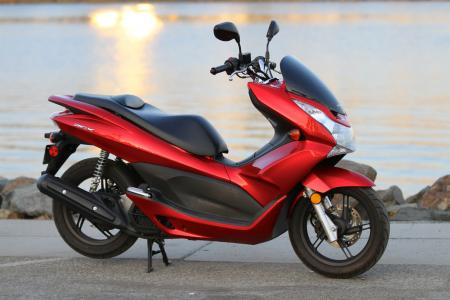 2012 Honda PCX Profile Right 1119