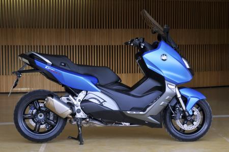 2012 BMW C 600 Sport right profile