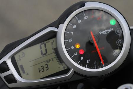 2012 Triumph Speed Triple R analog tachometer digital spedometer