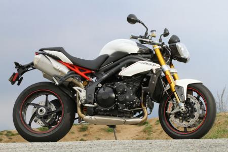 2012 Triumph Speed Triple R right profile