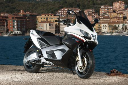 2012 Aprilia SRV 850 Profile Right