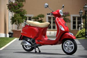 2013 Vespa LX 150 Profile Right