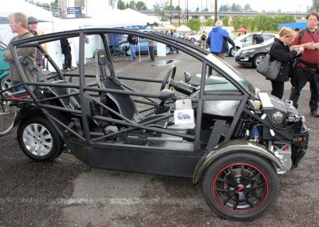 Arcimoto Stripped