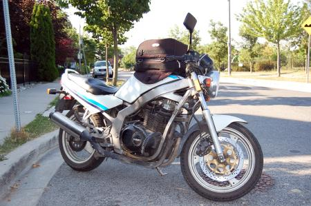 mo-sophomore-dc-1989-suzuki-gs500e-right-side