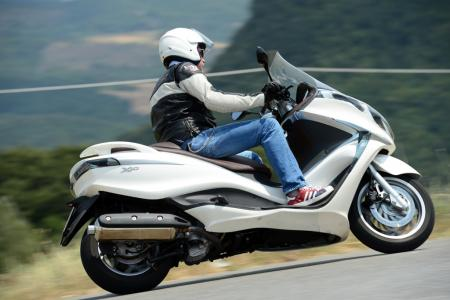 picture: other - 2012-piaggio-x10-500-executive-02