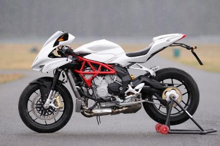 2013 MV Agusta F3 675 without side fairings