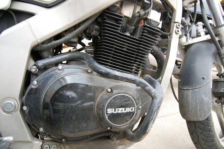Suzuki GS500E engine