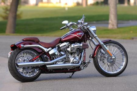 2013 harley davidson cvo breakout review motorcycle com