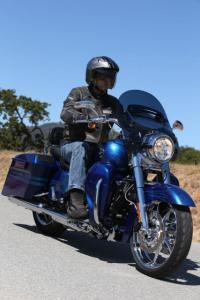 2013 Harley Davidson CVO Road King Action