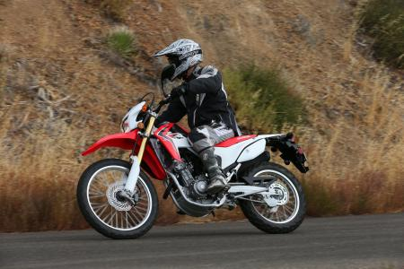 2013 Honda CRF250L Action 01
