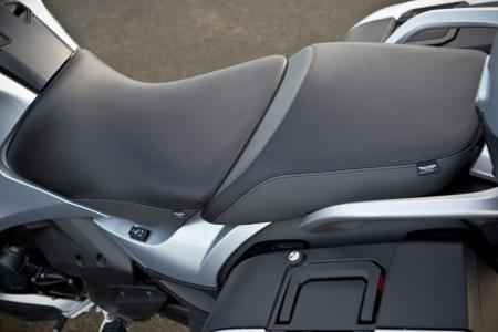 2013 Triumph Trophy 1200 SE Heated Seats