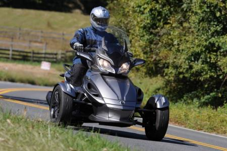 2013 Can-Am Spyder Action Gray