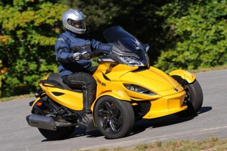 2013 Can-Am Spyder Action Yellow