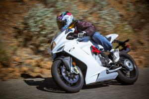 2013 MV Agusta 675 F3 Action Left
