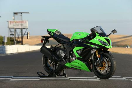 2013 Kawasaki Ninja ZX-6R Right Side